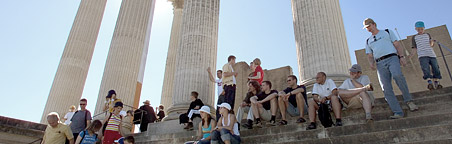 View of the Harbour temple with visitors.